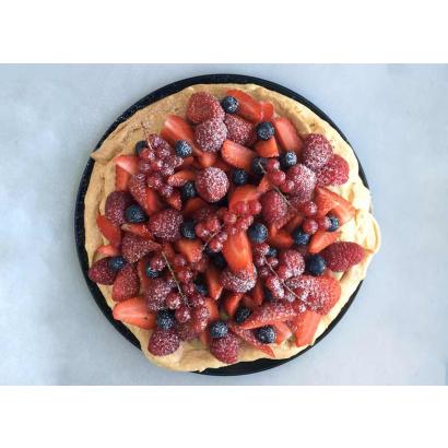 Pavlova à la crème de pistache et fruits rouges