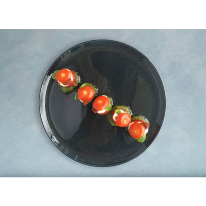 Tomatoes and cream of mozzarella with Genoese pesto