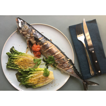 Mackerel fillets with grilled lettuce hearts
