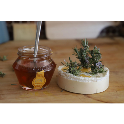 Roasted Camembert with honey all flowers Maison Brémond